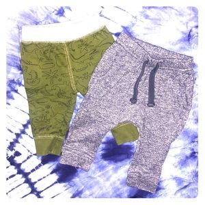 ✨4/$15✨2 Baby Boy Pants/Joggers 3-6m